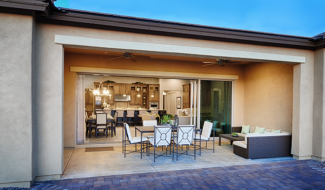 Covered patio with multi-slide doors, Robert model, Tucson