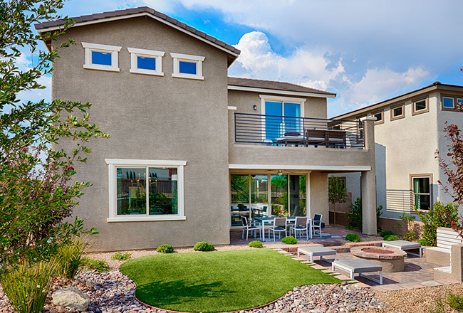 <strong>Why do we love it?</strong><br />A wide balcony gives the Beverly model a second story of outdoor fun!