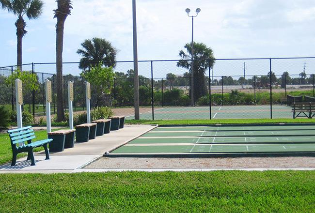 Tennis & shuffleboard courts