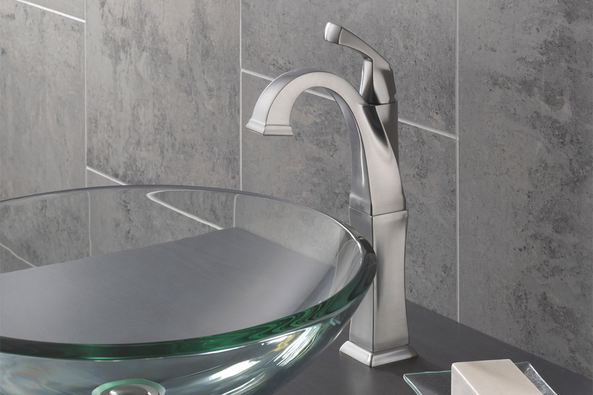 Delta<sup>®</sup> Dryden™ faucet &bull; Model #: 751-SS-DST