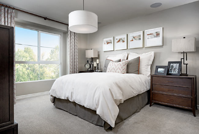 Wagner Markor Pendant light in master bedroom with side tables