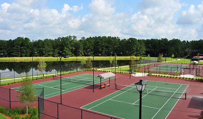Tennis courts at Rolling Hills at Lake Asbury in Jacksonville