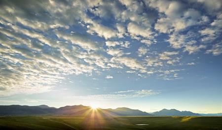 Candelas - Mountain Backdrop