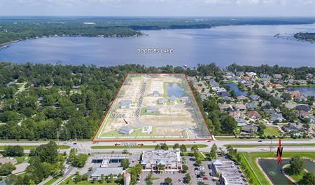 Aerial photo of the White Oak Estates community