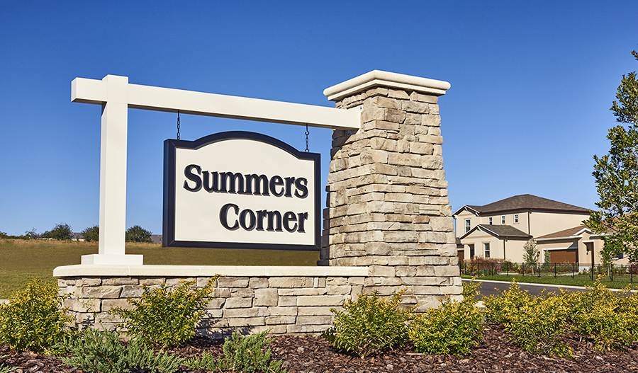 Entrance to the Summers Corner community in Orlando