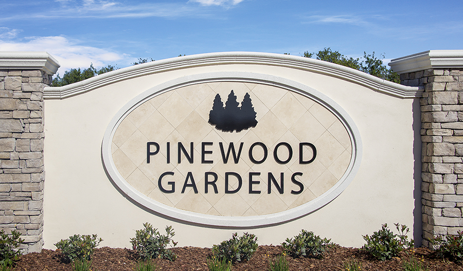 Entrance to Pinewood Gardens in Orlando