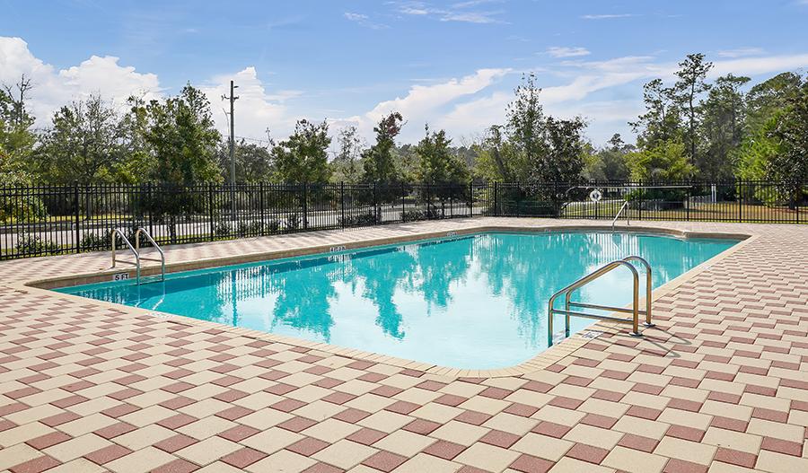 Pool in Victoria Preserve in JAX