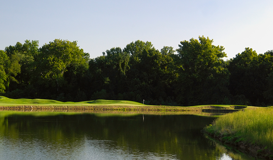 Golf course in Bulle Rock in Mid A