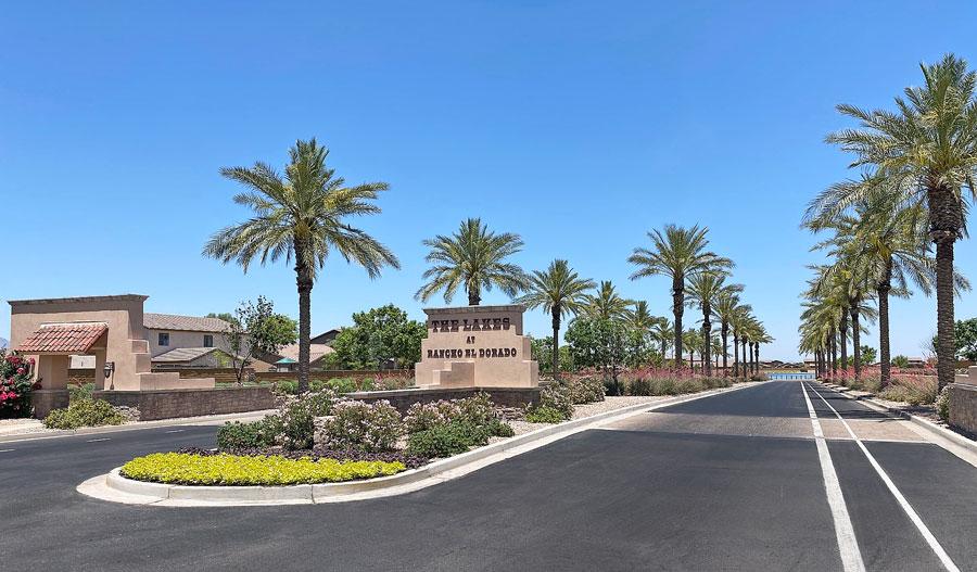 Entrance of Lakes at Rancho El Dorado in PHX