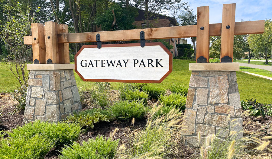 Monument of Gateway Park in Mid A