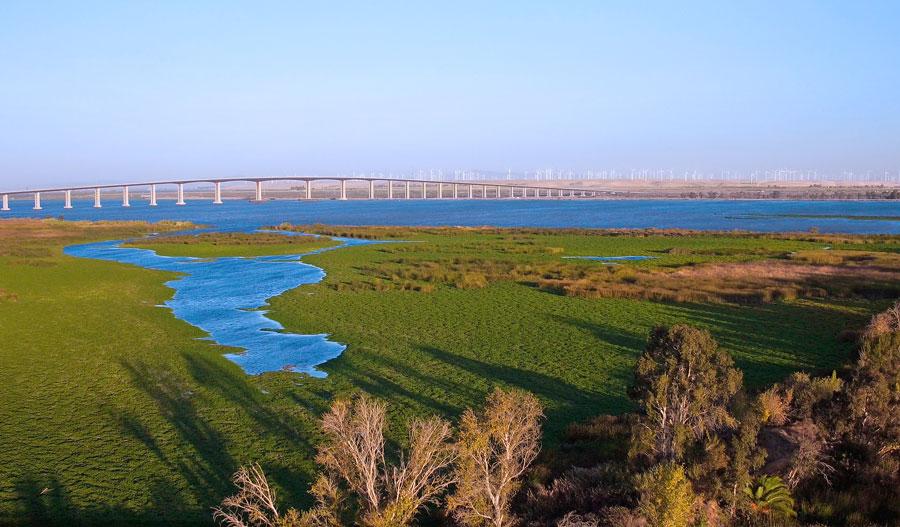 Water views in Middlefield in Bay Area