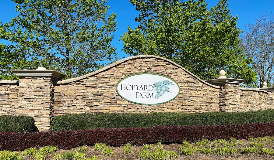Monument at Hopyard Farm