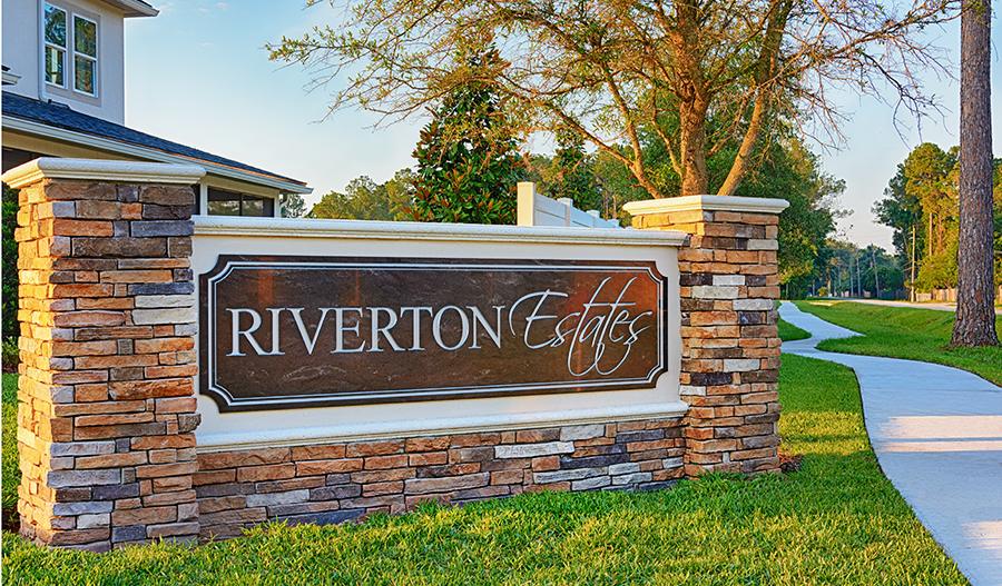 Entrance to the Riverton Estates community in Jacksonville