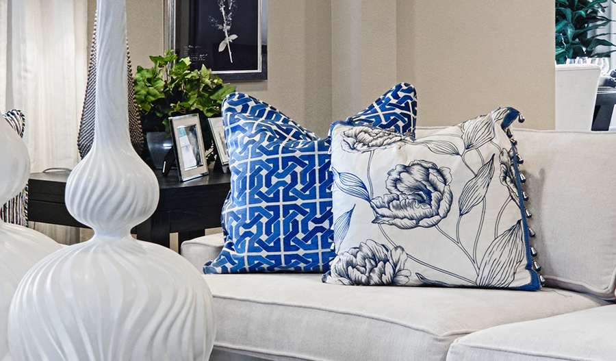 Standard series 5 - Hemingway-GreatRm-white-blue