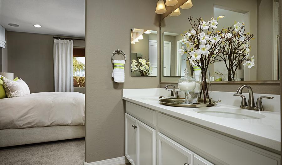 Master bathroom in Peridot floor plan