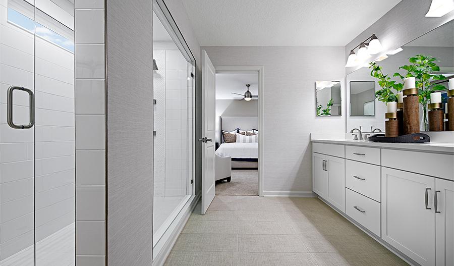 The Yorktown floor plan - Owner's bathroom