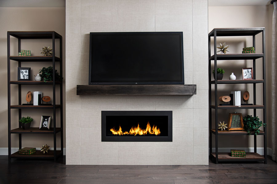 Mantle and fireplace of the Arlington plan in Anthem Highlands Vistas